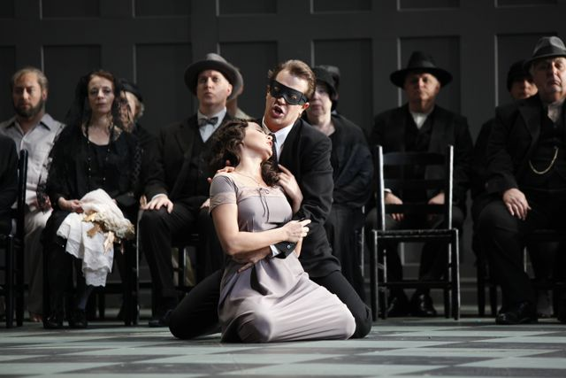 New York City Opera's Don Giovanni (2009), Photo: © Carol Rosegg