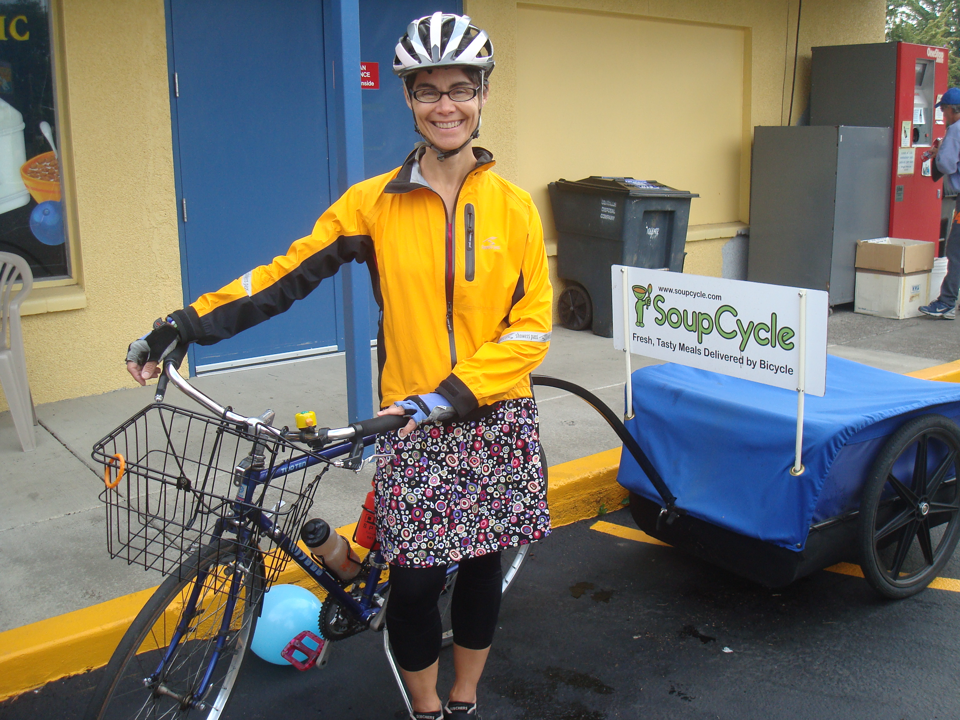 Soup Cycle's Kim Thackray on her Corvallis delivery route (by Laura McCandlish).