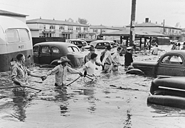 Vanport flood (image from Oregon Historical Society)