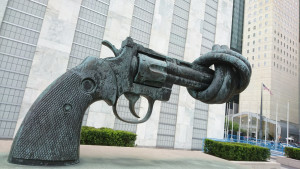The Knotted Gun pro peace sculpture